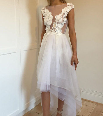 Dress Hire Carla Zampatti White Orchid Lace Prima Ballerina Dress